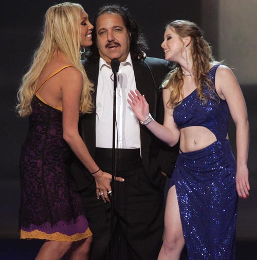 ron jeremy 4 Free 3gp adult video clips for mobile. Taking a canteen from his saddle he ...